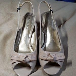 NATURALIZER Tan Women Shoes